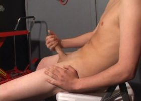 Gunner Raines Licks It Up
