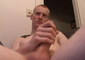 Skinny Kaos Jacking Off