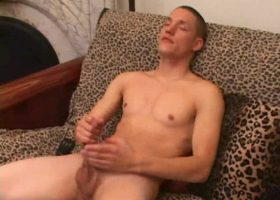 Amateur Jay Jacks Off