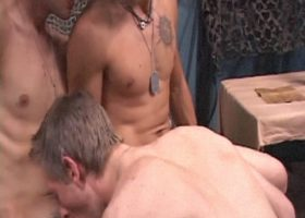 Double Penetration Gay Threesome