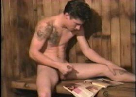 Jay Beats Off In Sauna