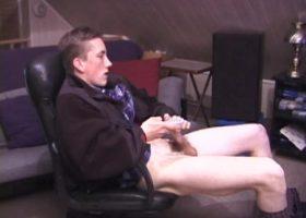 Amateur Derek Strokes His Meat