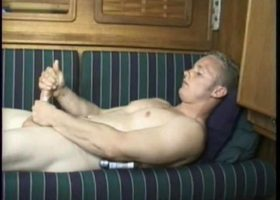 Amateur Mason Beating Off