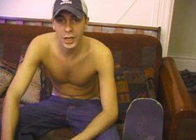 Skater Boy Vincenzo Jacking